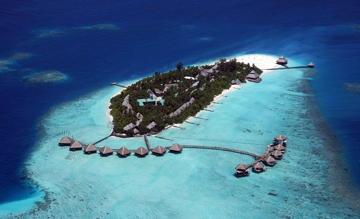 """An Island Paradise in the Maldives"""
