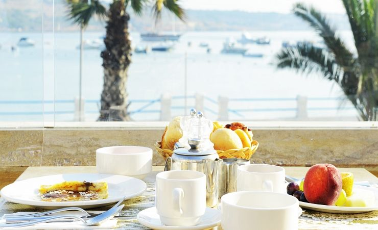 Coral Breakfast Terrace