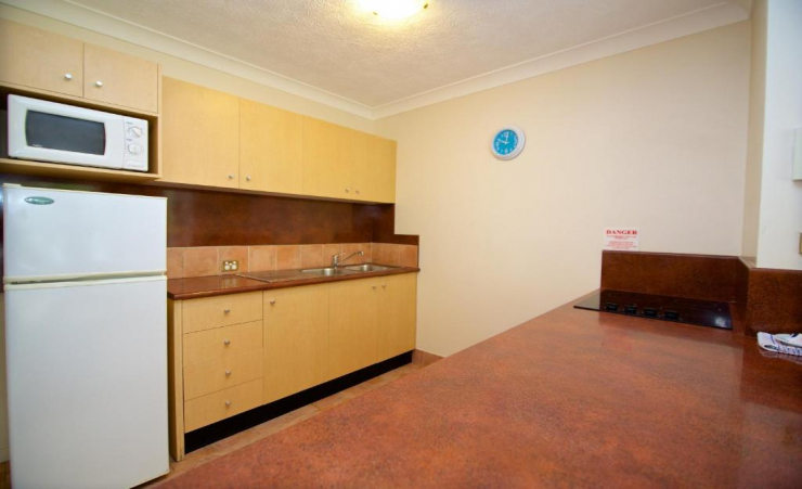 1 Bed Apartment Kitchen