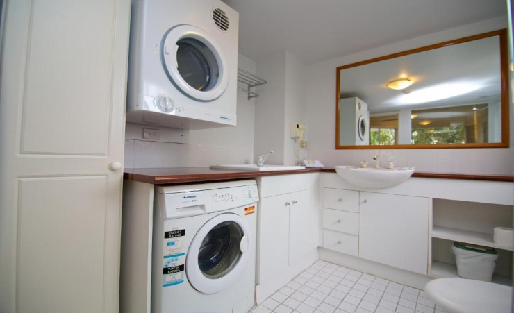 1 Bed Apartment Laundry Area
