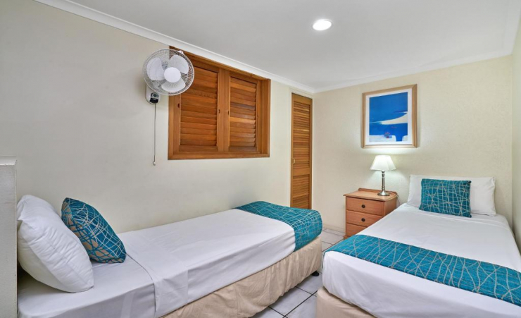 2 Bed Apartment Twin Beds