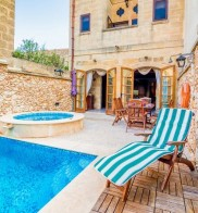 Ta Manwel Farmhouse with Private Pool